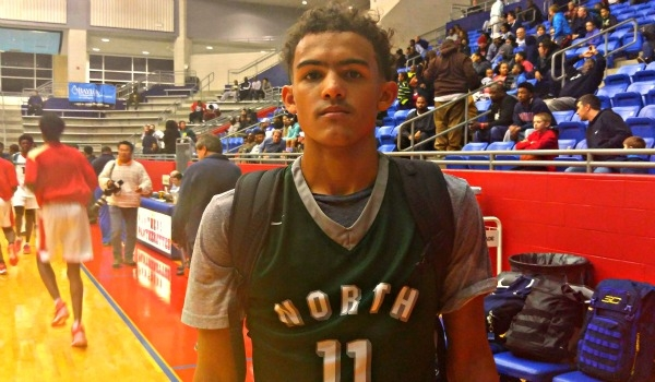 Trae Young stands out in a major way in the Thanksgiving Hoopsfest.