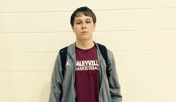 2018 Haleyville (AL) big man Logan Dye was virtually an unknown prospect last week. Now he will visit Alabama and UAB this weekend.