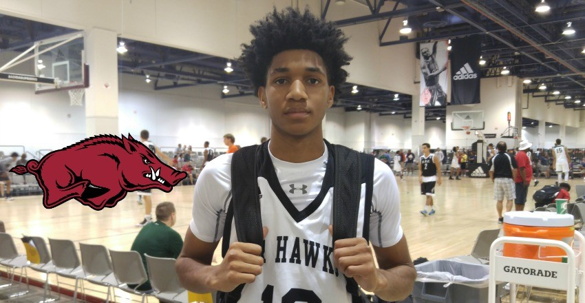 Arkansas lands the talents of sharpshooting 2018 guard Isaiah Joe.
