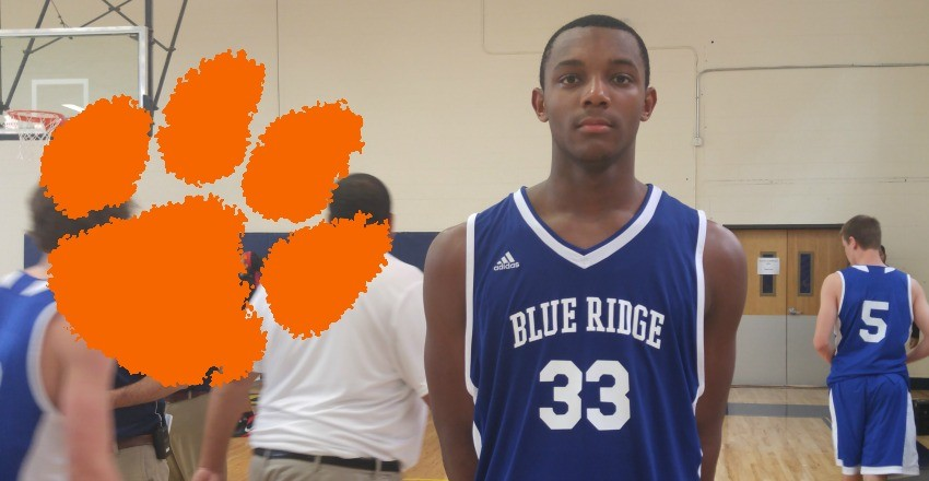 Clemson wraps up top-100 forward Aamir Simms.